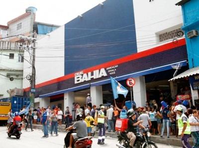 Prestes a inaugurar loja no Alemão, Casas Bahia abre vagas para vendedores