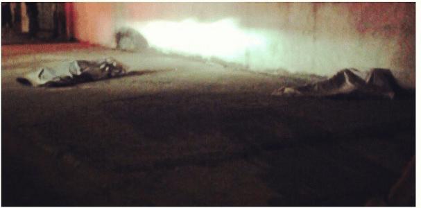 Jovens são encontrados mortos em rua do conjuntos de favelas do alemão