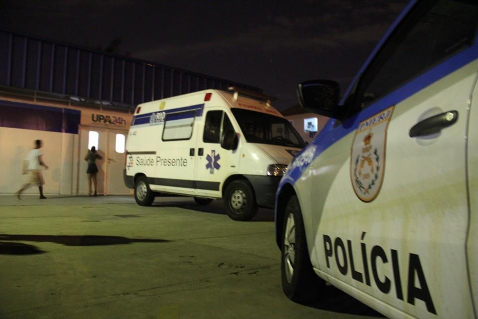 Viatura da Policia no UPA - Foto: Betinho Casas Novas