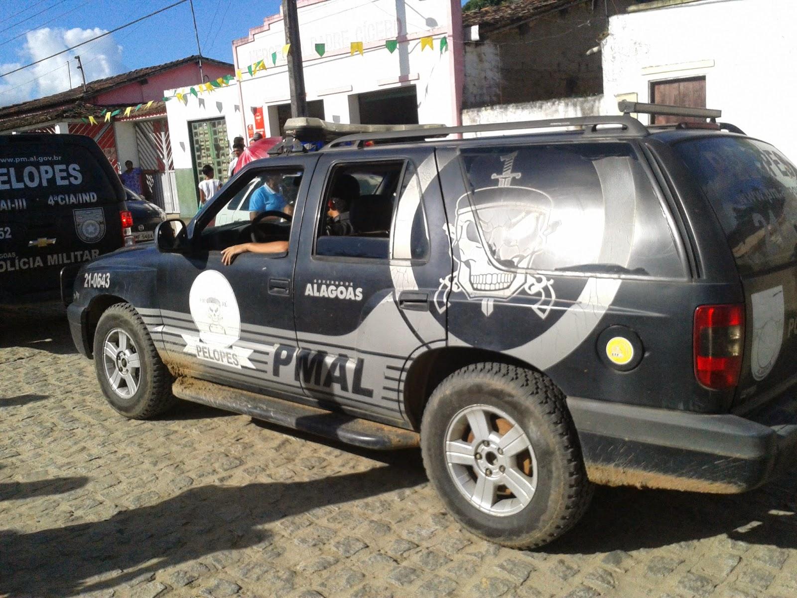 Após manifestações, militares do Bope e da Radiopatrulha ocupam o conjunto Colibri , em Maceió