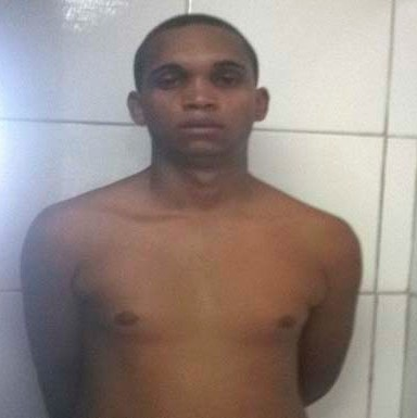 Oplit prende homem acusado de roubo na Ponta Grossa
