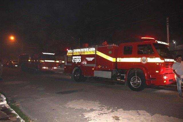 CB é aciondado para conter princípio de incêndio em escola de segurança