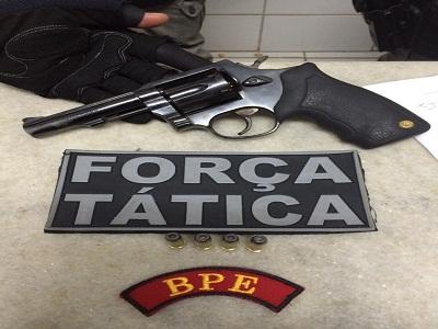 Batalhão de Policiamento de Eventos apreende menor com arma roubada de vigilante
