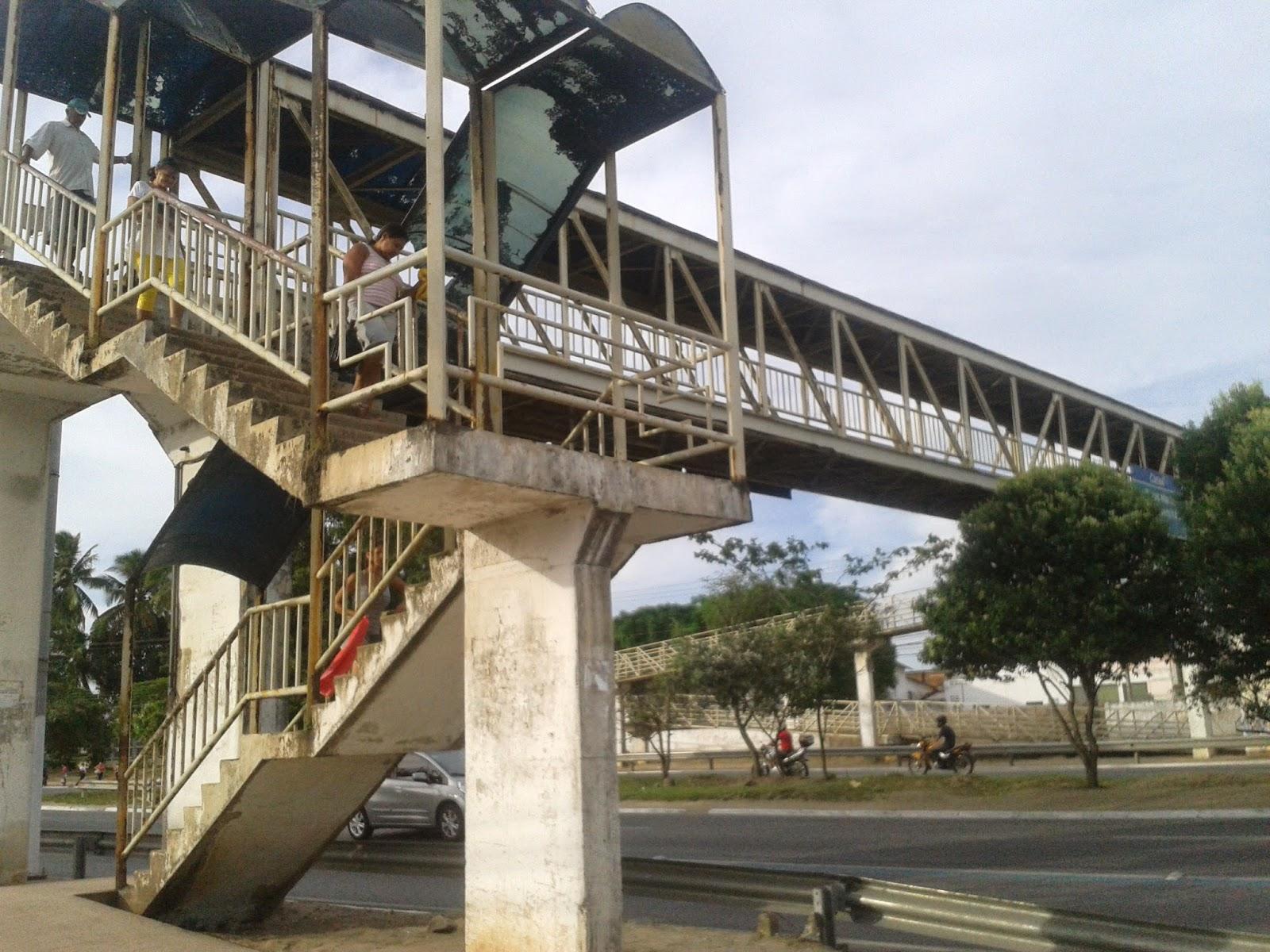Solução: Reforma da passarela do Canaã começa na segunda-feira (9)