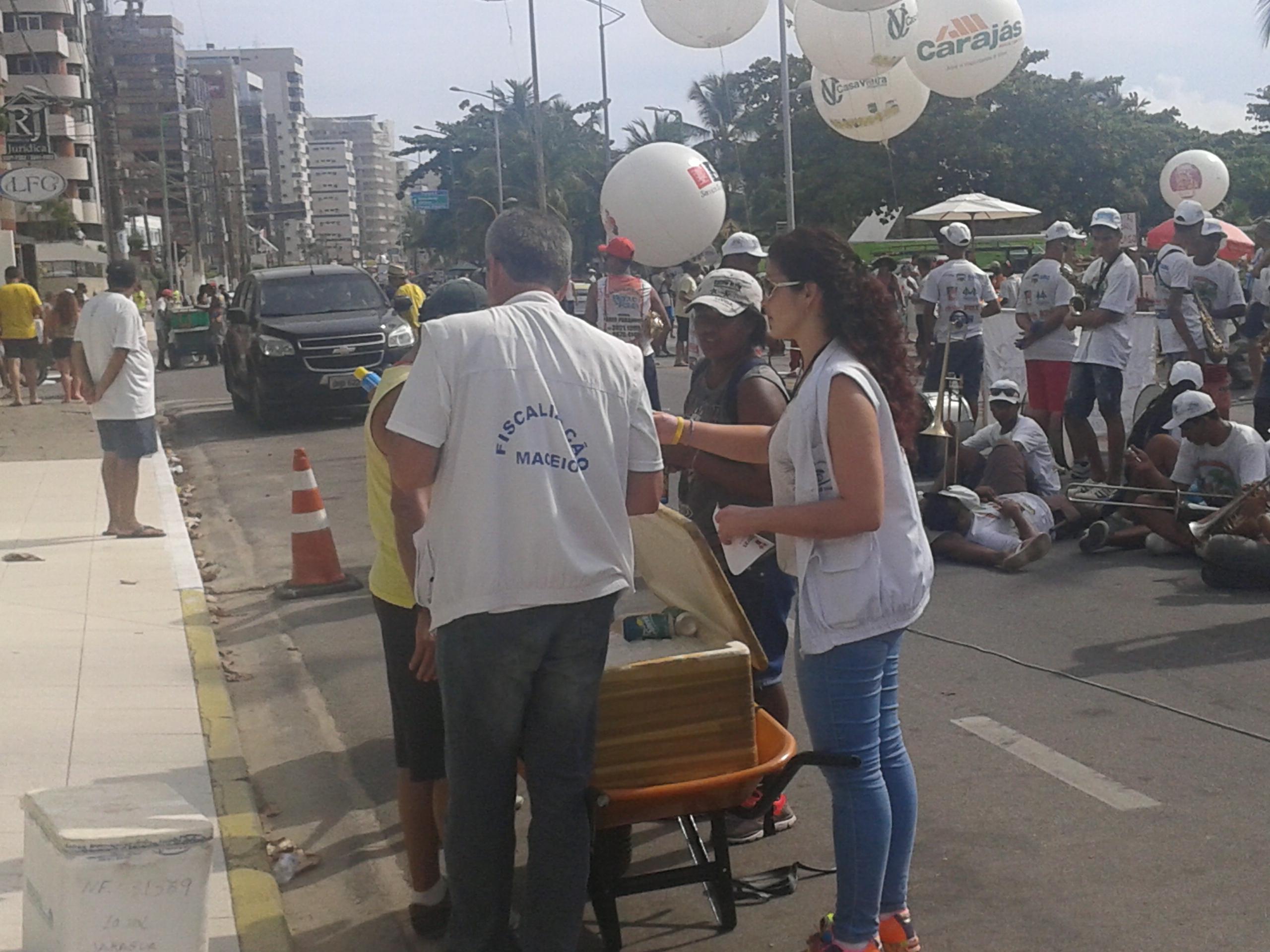 Vigilância Sanitária amplia fiscalização e ambulantes devem seguir as orientações