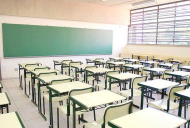 Escolas/creches que existem dentro do Complexo do Alemão