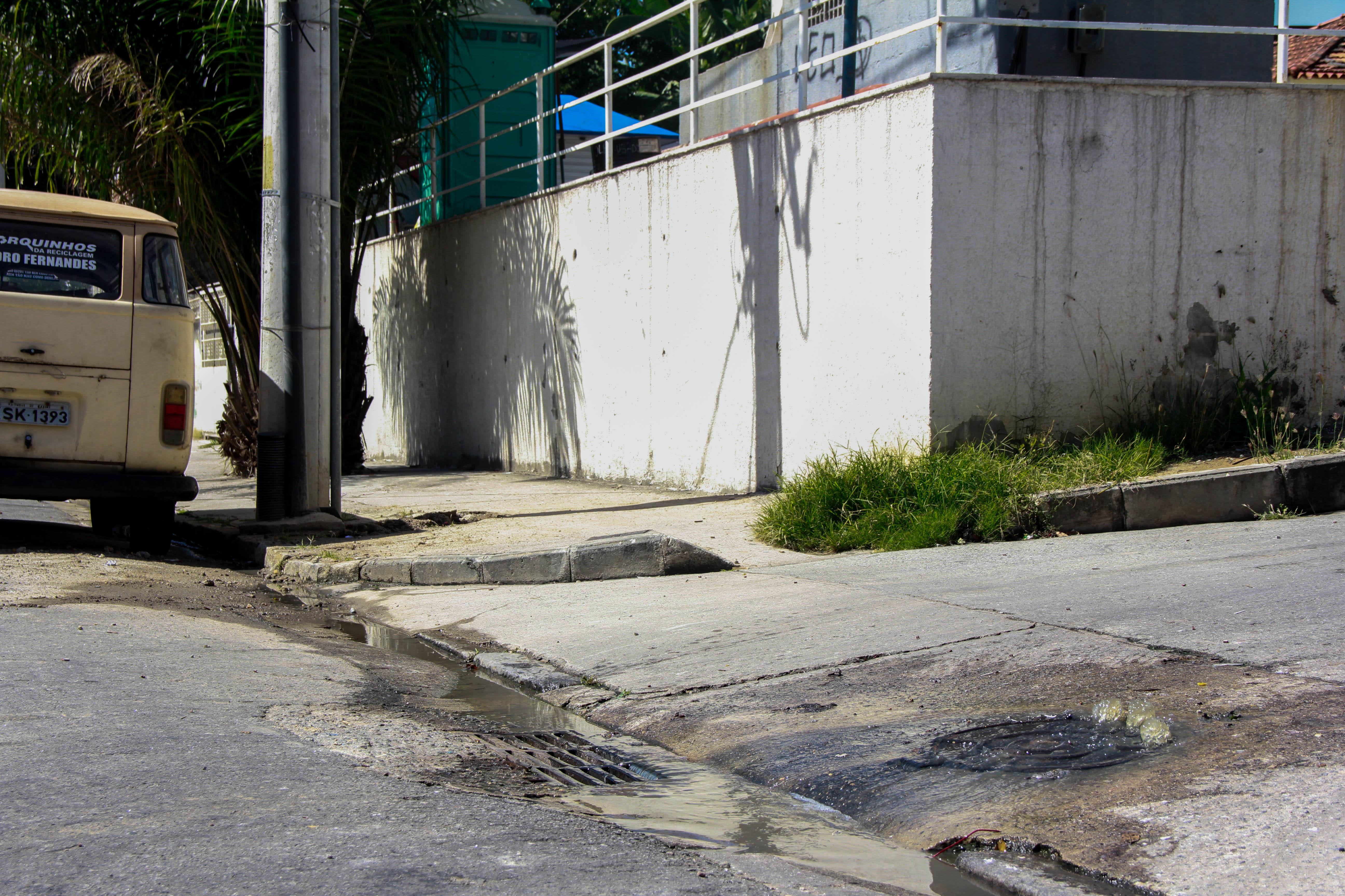 Quando vamos dizer adeus aos vazamentos de esgoto no Morro de Adeus?
