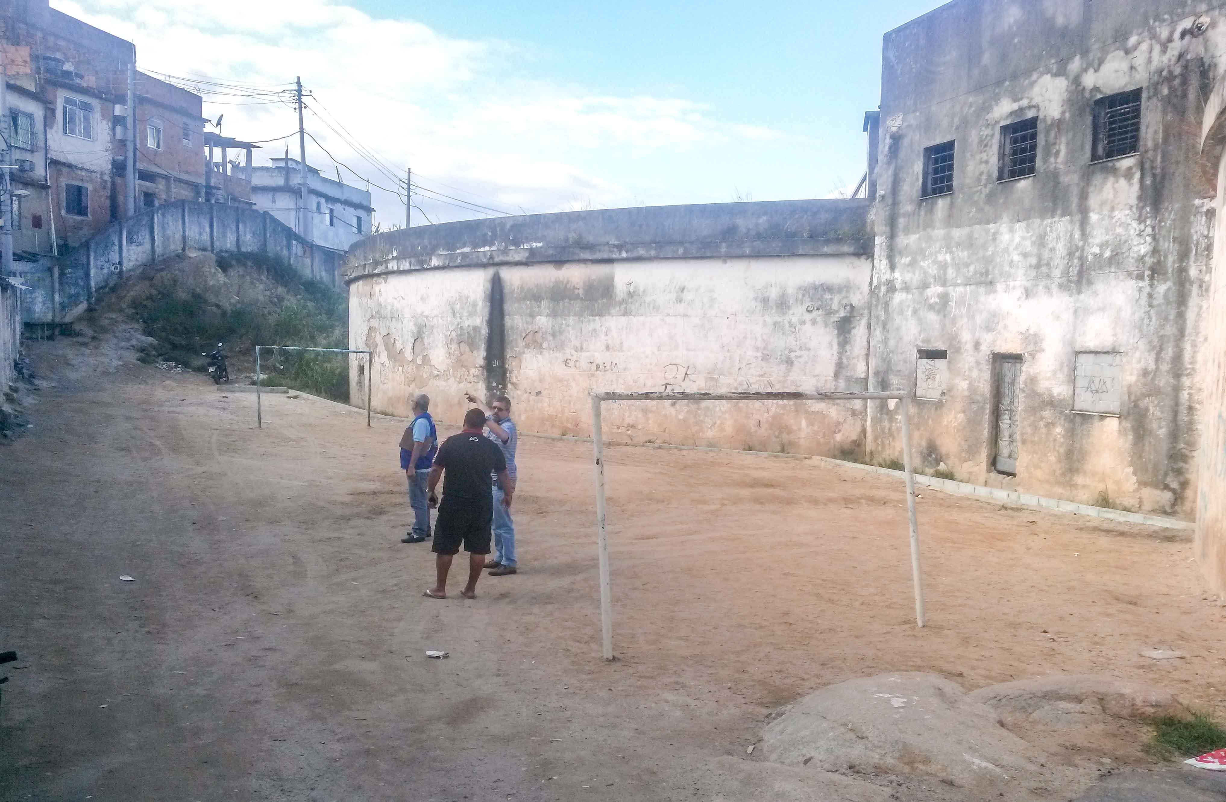 Presidente da Associação dos Moradores do Reservatório se encontra com a Rio Luz para melhorias na comunidade