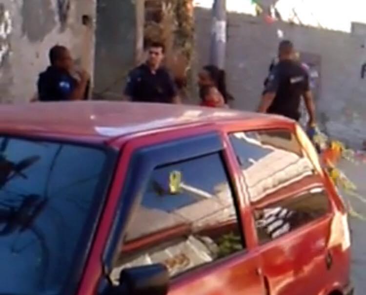 UPP divulga nota sobre a atitude dos policiais arrancarem bandeirinhas na Zona do Medo