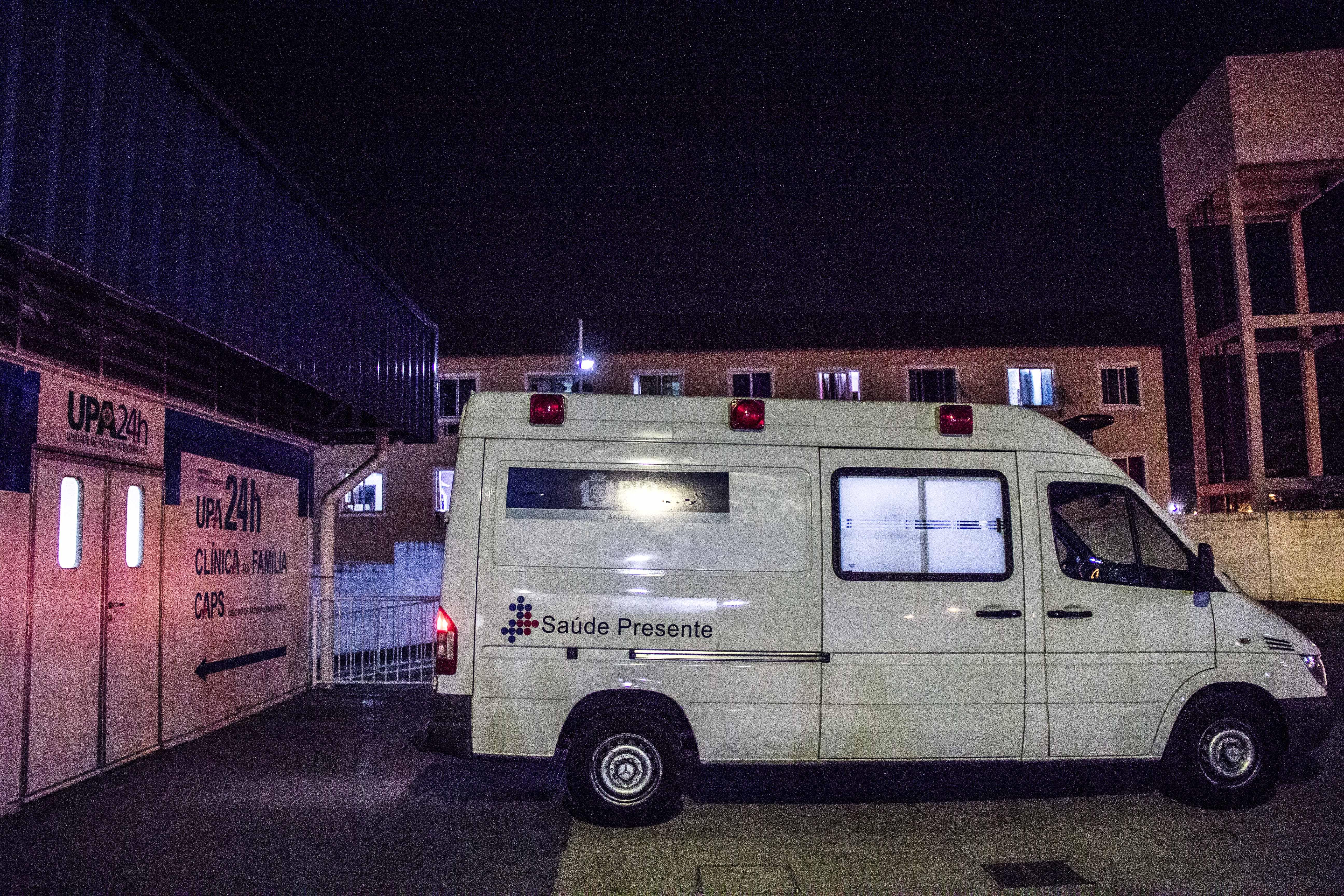 Noite de intenso tiroteio termina com dois baleados no Alemão