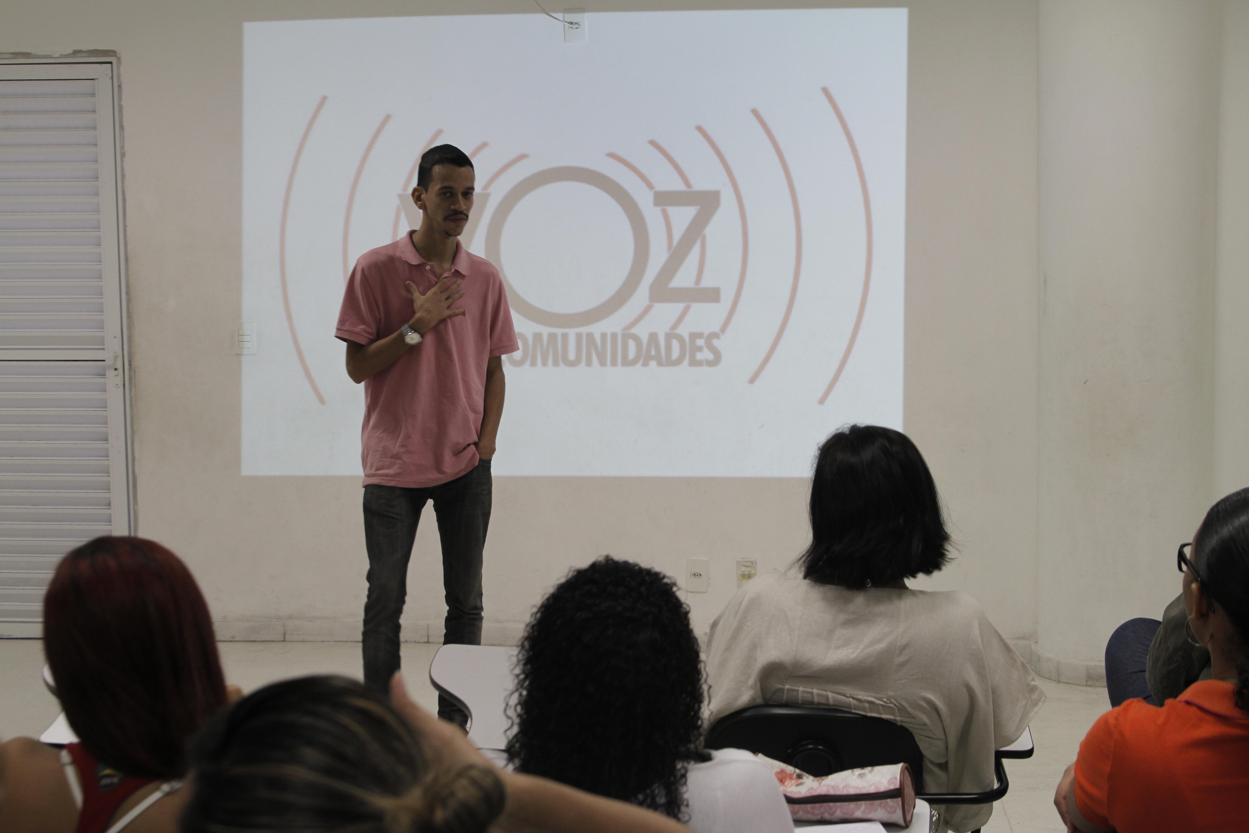 Curso de fotografia abre as portas para mais de 40 alunos do Alemão e do Rio
