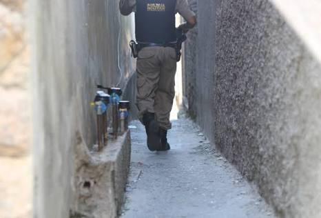 Moradores do bairro Novo Retiro, região de Nova Contagem (MG) tem sofrido com o aumento da violência na comunidade