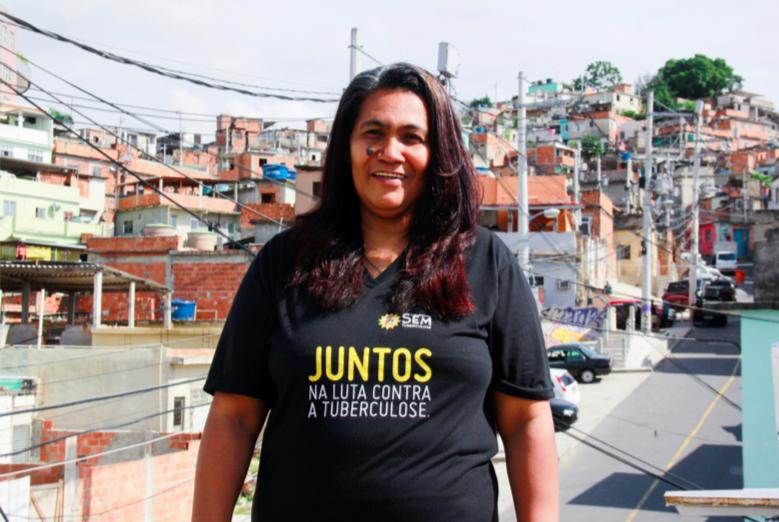 """""""Sou nordestina, carioca e do Complexo do Alemão com muita honra."""""""