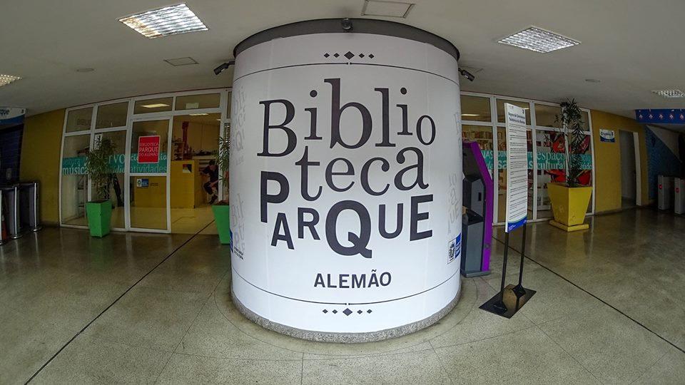 Biblioteca Parque do Complexo do Alemão oferece oficina preparatória para o II concurso de minicontos