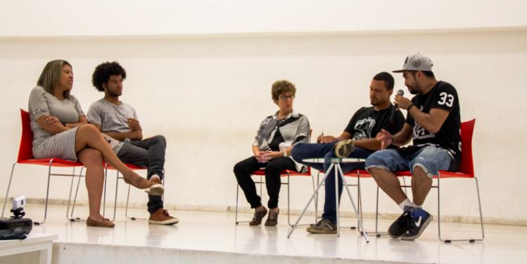 Primeiro debate do Fala Favela chega ao Complexo do Alemão falando sobre UPP