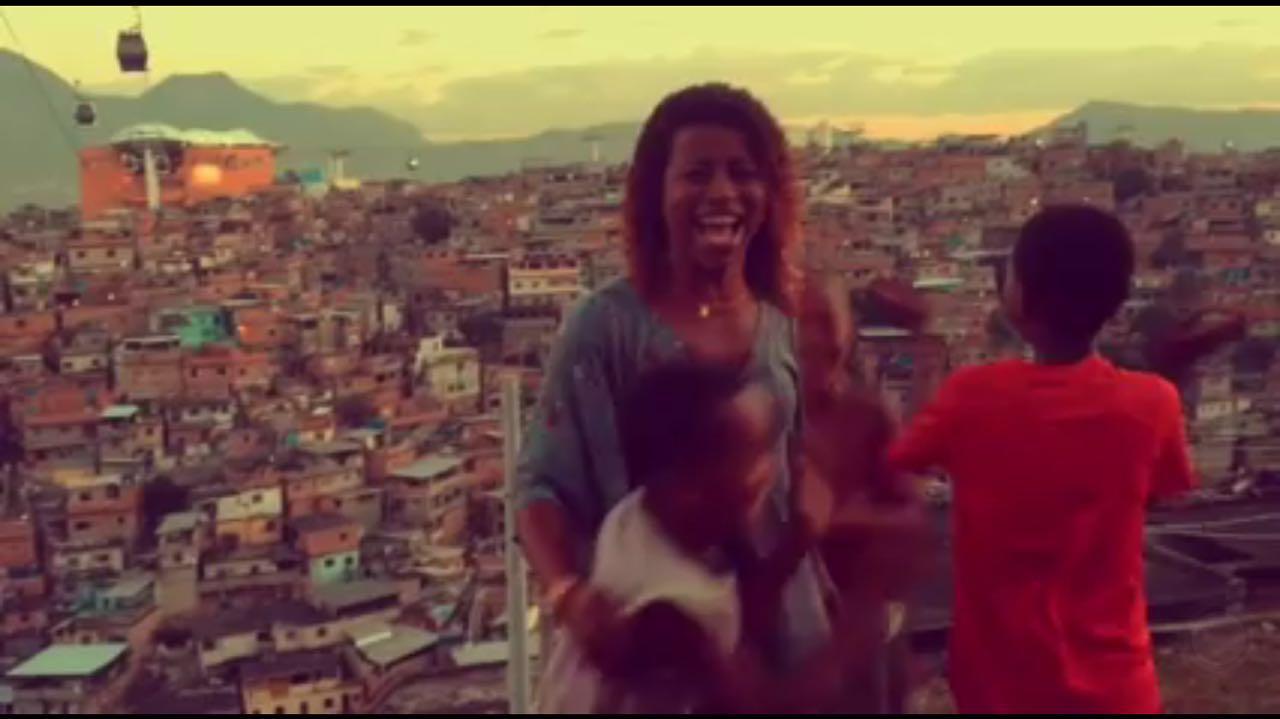 Adriana da Empadinha lança uma nova 'música'