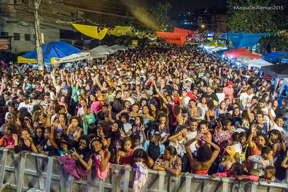 Voz 15 anos: de eventos no Alemão ao Rock In Rio