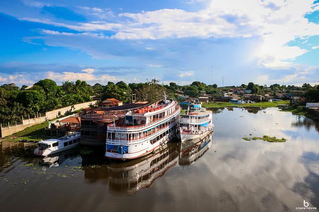 Dois dias a bordo de um barco para discutir o futuro sustentável da Amazônia