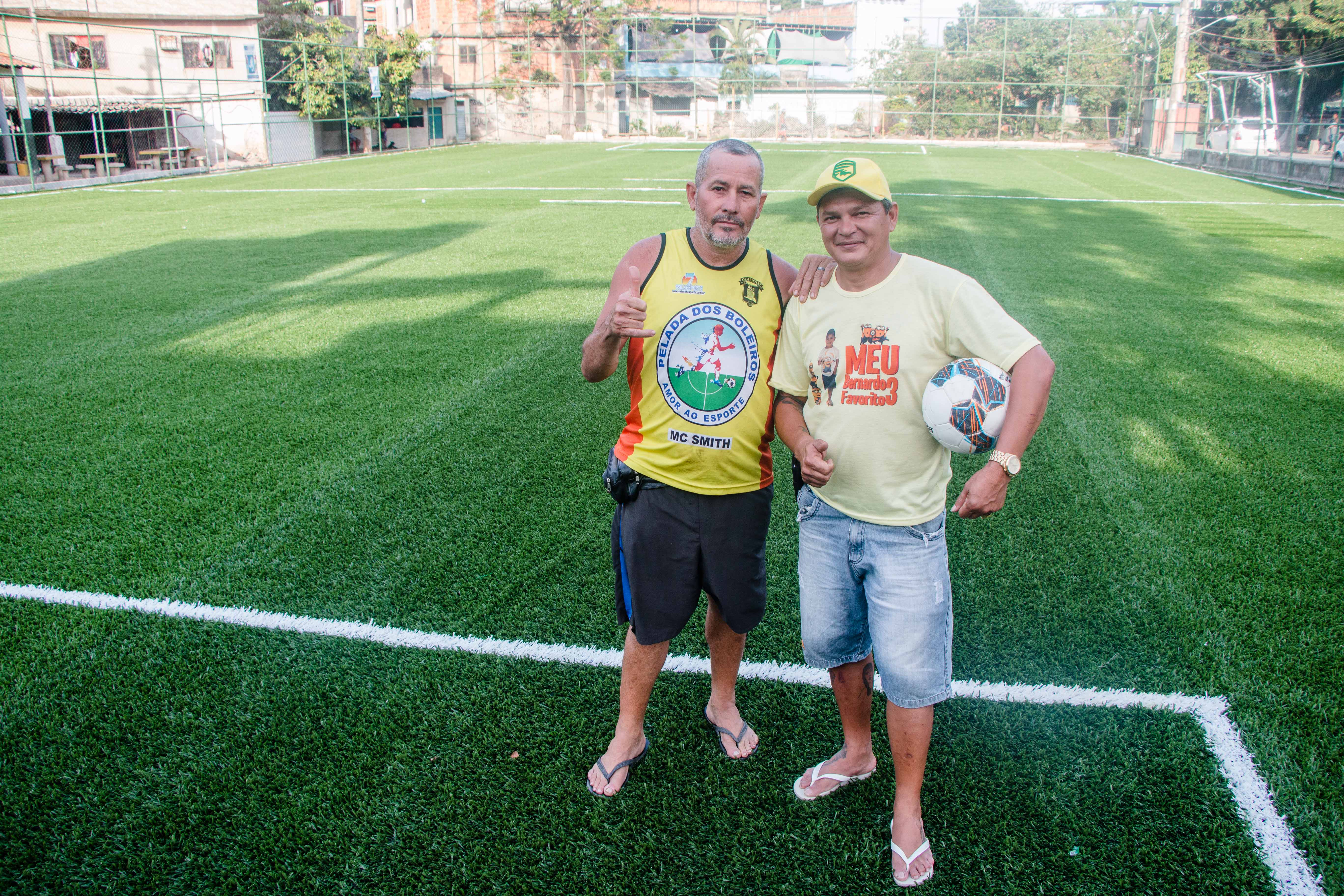 O professor Elielton Moreira e Francisco Arimateia, presidente da Associação dos moradores. Foto: Renato Moura