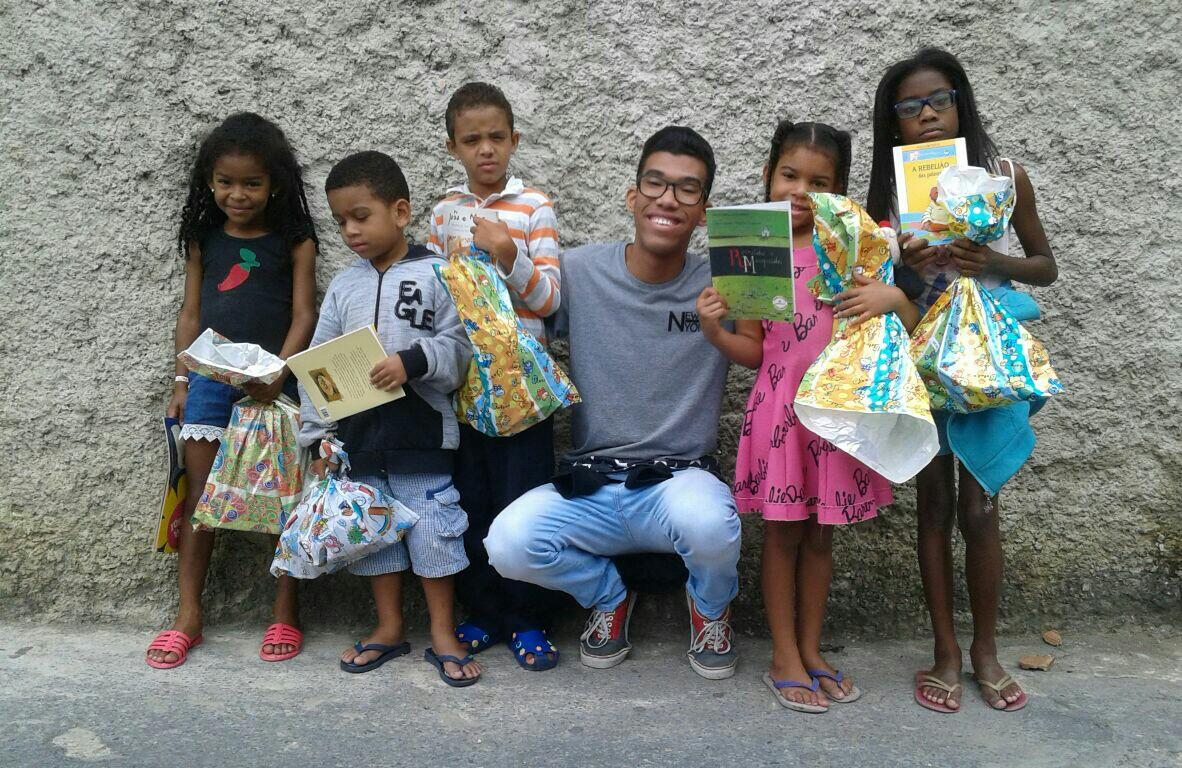 Voz das Comunidades realiza ação social de natal em Belo Horizonte