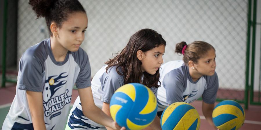 Cruzada no Nova América ofercece 500 vagas gratuitas para aulas de vôlei, futebol, judô e capoeira