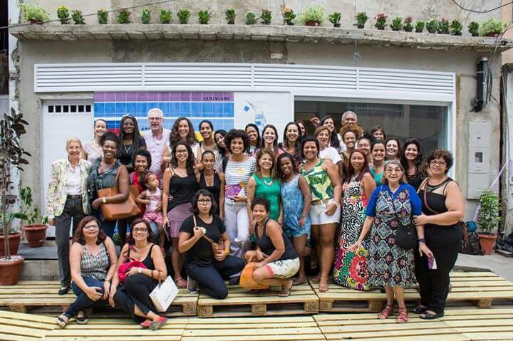 Projeto oferece atendimento jurídico gratuito e lanche coletivo na Maré