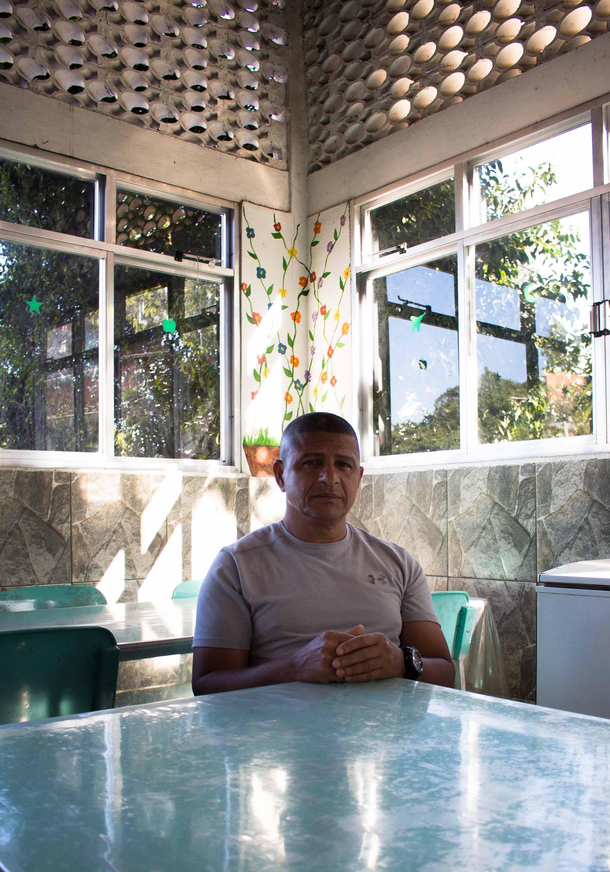 Carlos Antônio Pereira, diretor da escolinha. Foto: Betinho Casas Novas/Voz das Comunidades