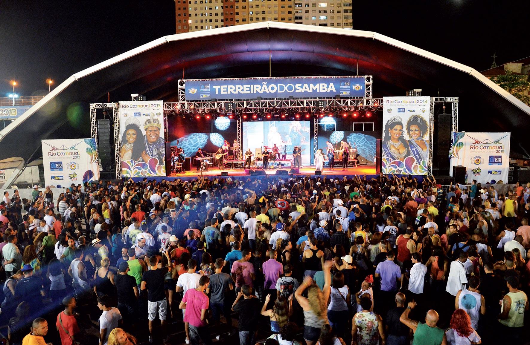 MANUAL DO ROLÉ – Terreirão do samba: Diversão garantida