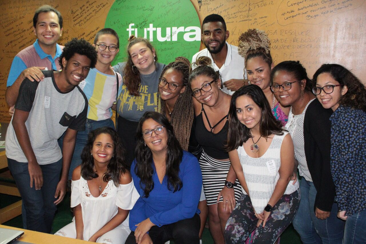 Equipe do Voz das Comunidades faz oficina de audiovisual no Canal Futura