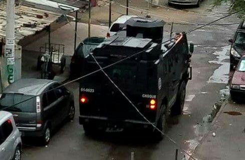 Policiais do BOPE, BAC e Batalhão de Choque realizam operação no Complexo da Maré