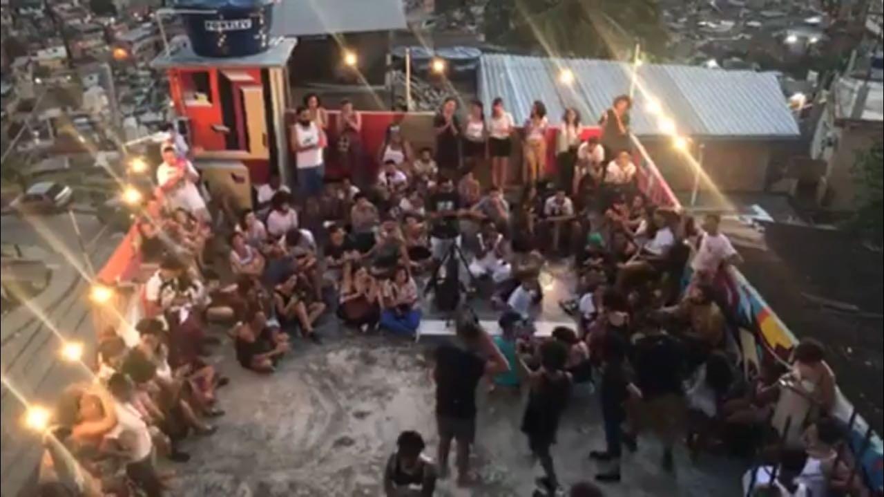 Evento cultural Slam Laje teve sua 2ª edição do ano realizada no Complexo do Alemão