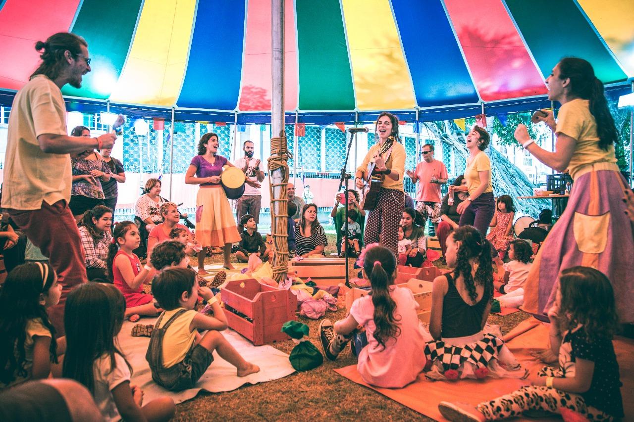 Evento reúne solidariedade, diversão e cultura no Rio de Janeiro