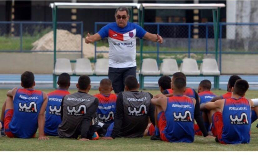 Bonsucesso Futebol Clube seleciona jogadores, de todas as idades, para formar elenco