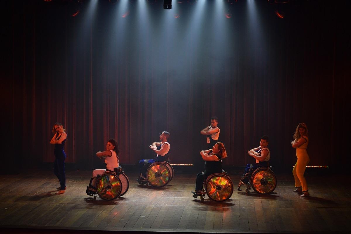 Teatro para todos: Casa de Cultura Laura Alvim ganha espaço para inclusão social