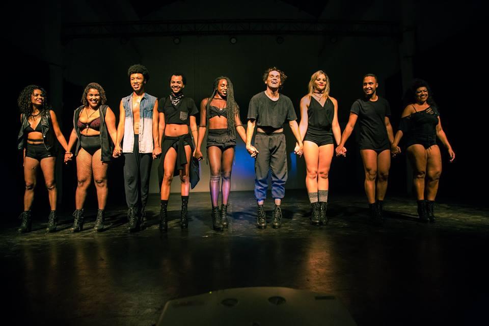 Lona cultural na Maré oferece oficina de dança Stilleto aos sábados