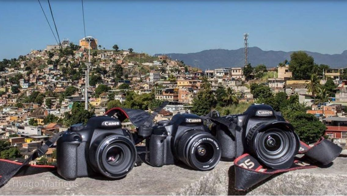 Projeto Olhar Complexo recolhe doações de equipamentos fotográficos para aulas