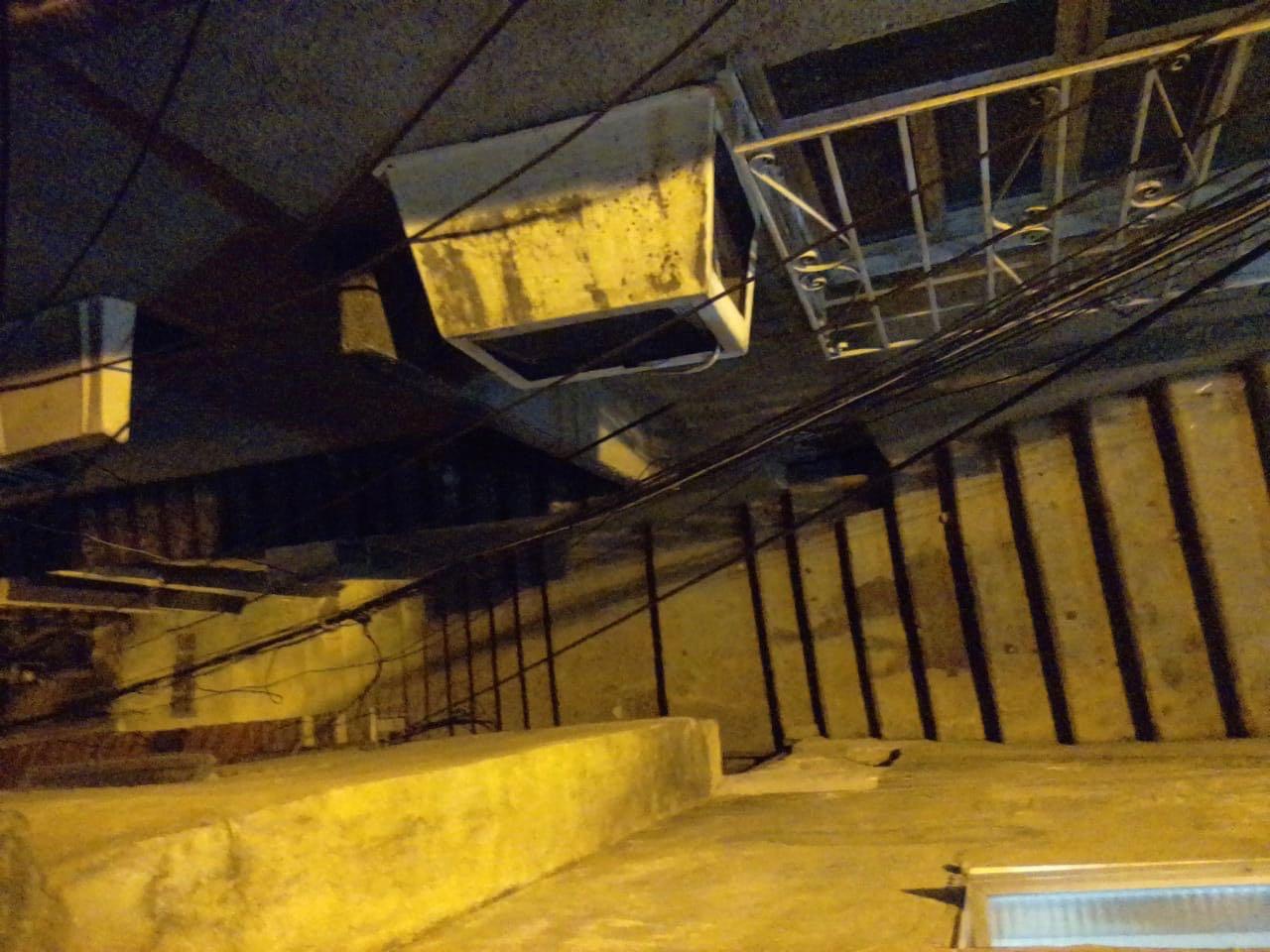 Rioluz conserta poste no Morro da Baiana após mais de dois meses sem energia