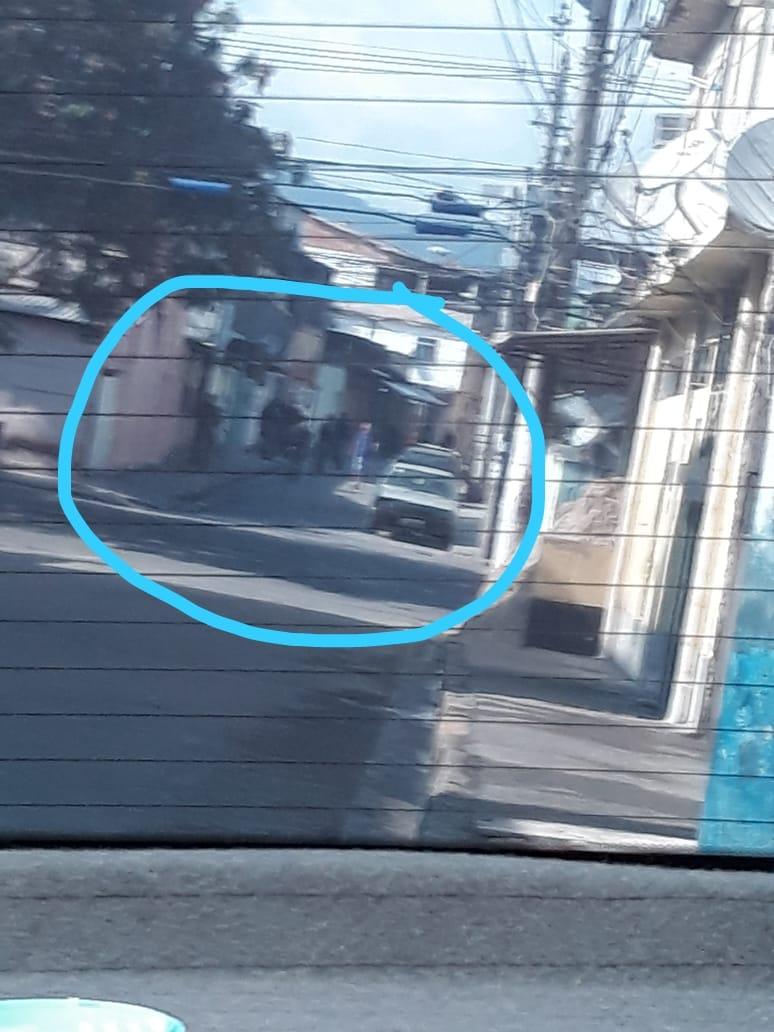Moradores da Cidade de Deus relatam tiroteio durante operação de Agentes Especiais na comunidade