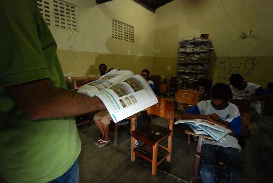 OPINIÃO | Evasão escolar: mais uma das faces do racismo