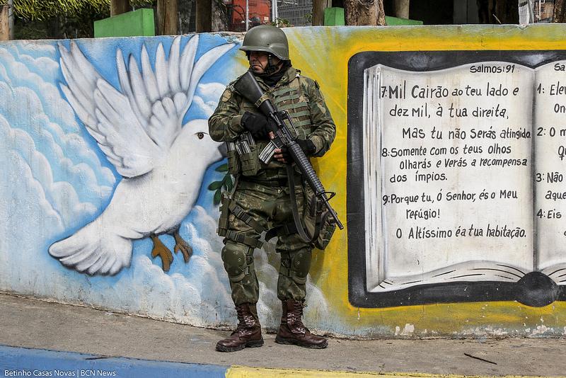 Relatório sobre intervenção revela aumento de violência no Rio