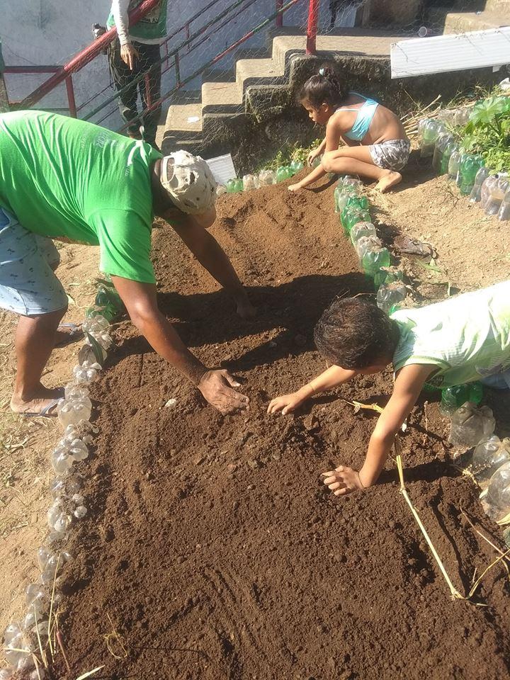 Mutirão de limpeza quer restaurar trilha ambiental no Pavão-pavãozinho