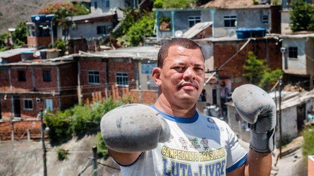"""""""Eu faço por amor e meu objetivo é formar cada vez mais campeões, principalmente na vida."""" Foto: Renato Moura"""