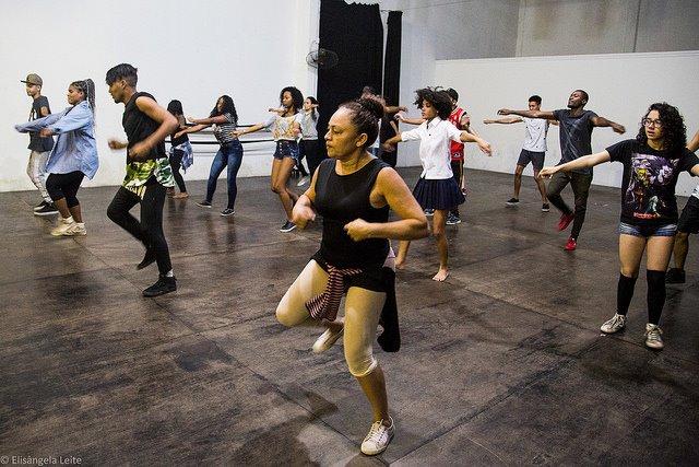 Centro de Artes de Maré abre novas turmas de dança contemporânea