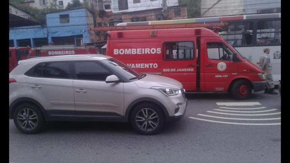 Estrada do Itararé volta a ter acidentes nos sinais de trânsito