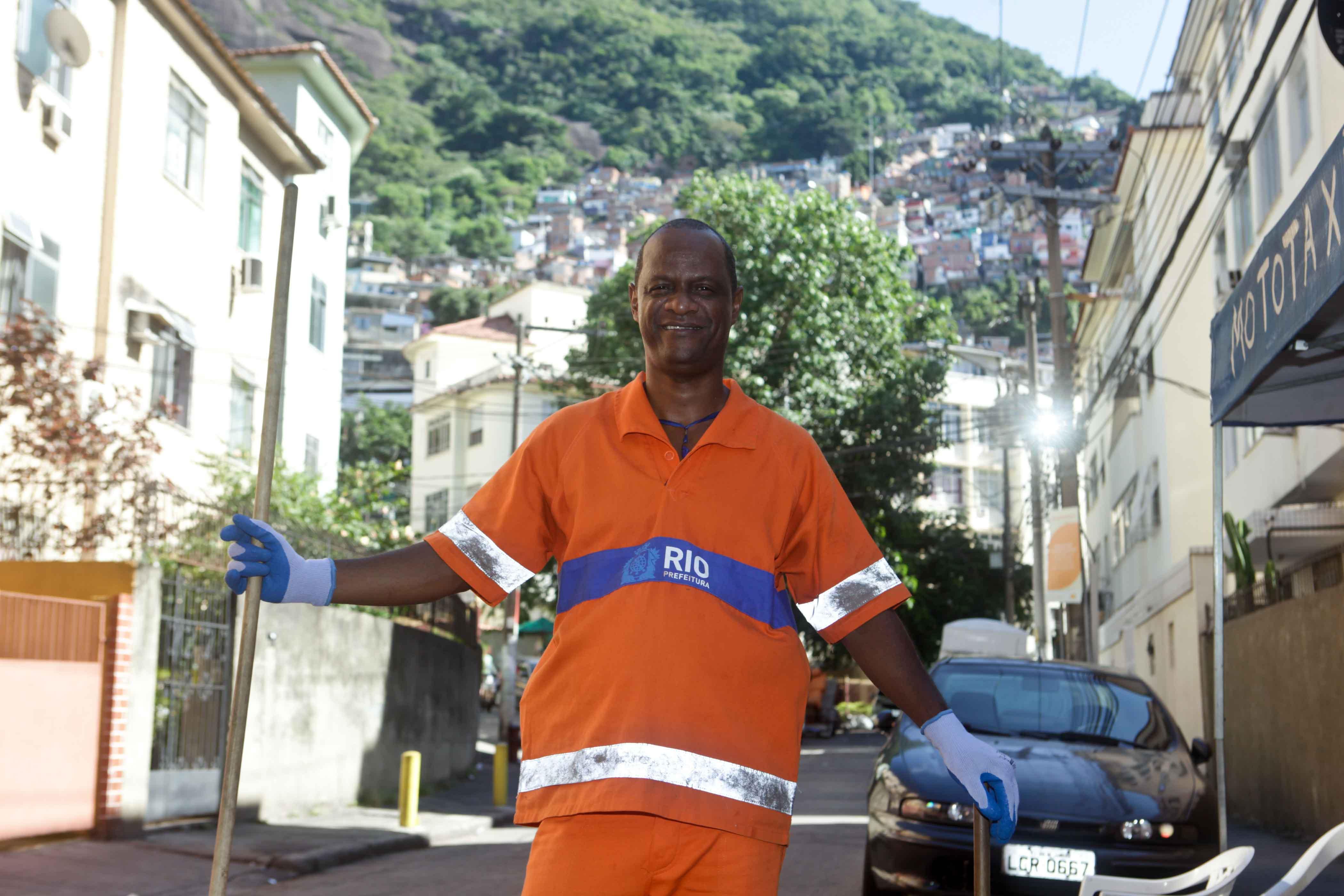 """Como o """"trabalho de formiguinha"""" tem dado bons resultados no Santa Marta"""