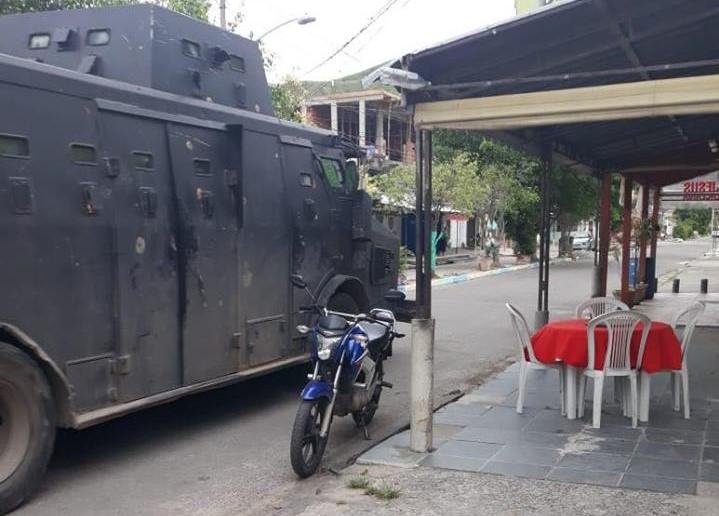Vila Kennedy registra mais uma noite de tiroteios