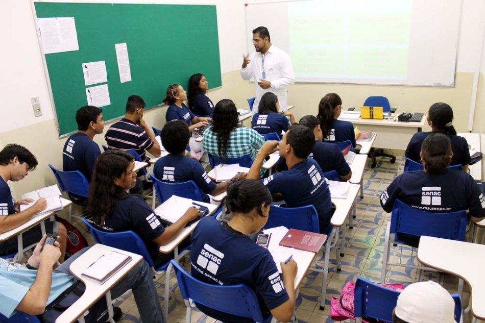 Senac Rocinha abre vagas em cursos gratuitos