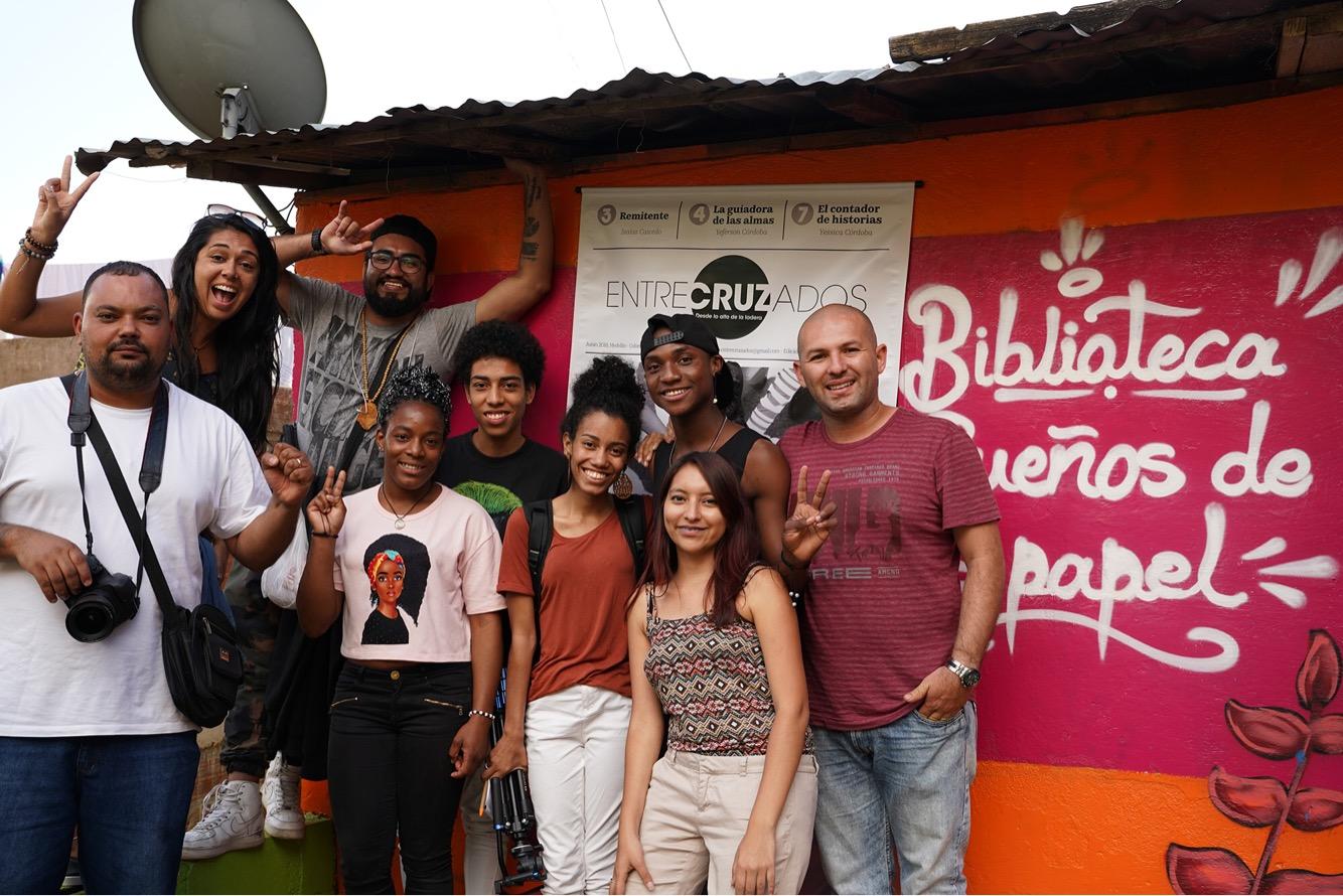 Sonhos de Papel: projeto mostra como espaço de leitura incentiva jovens periféricos, na Colômbia #IntercâmbiosLatinos
