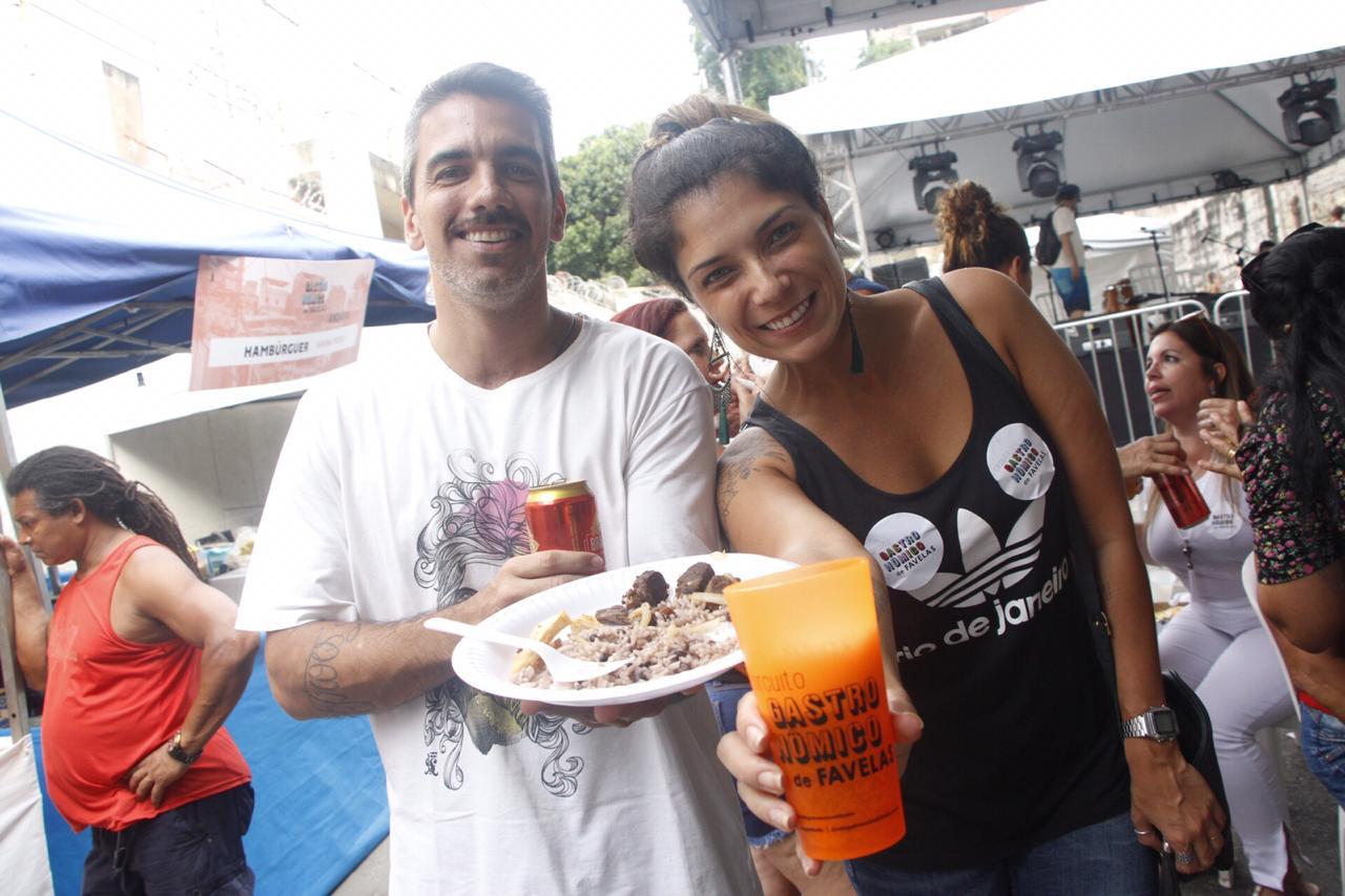 O casal Valesca e Carlos Fróes - Foto: Renato Moura