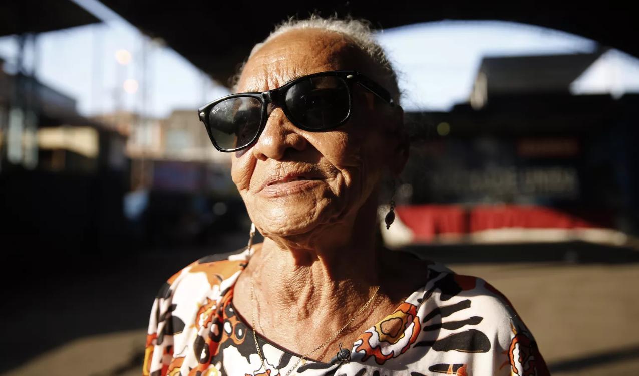 Moradora da Cidade de Deus lançará seu primeiro livro aos 85 anos